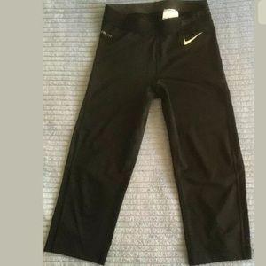 Nike Pro Women's Size Small Blk Compression Capri